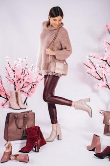 Обувь женская мода