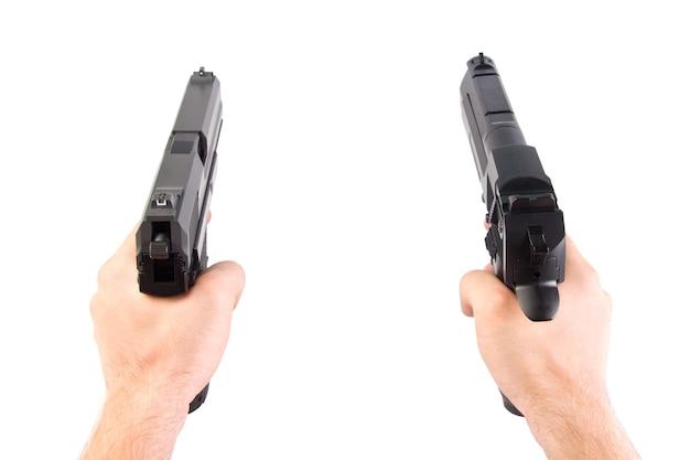 Стрельба. две руки. изолированные