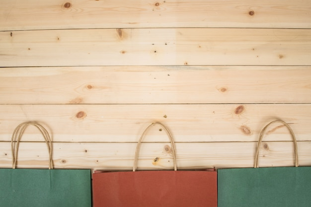 Сумка на деревянный стол