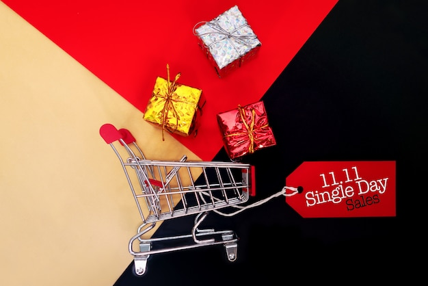 Shopping cart and gift box single's day sale