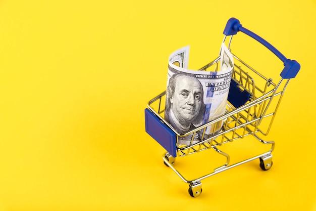노란색에 쇼핑 카트, 100 달러 슈퍼마켓 트롤리