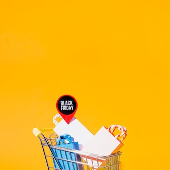 Shopping cart with packets