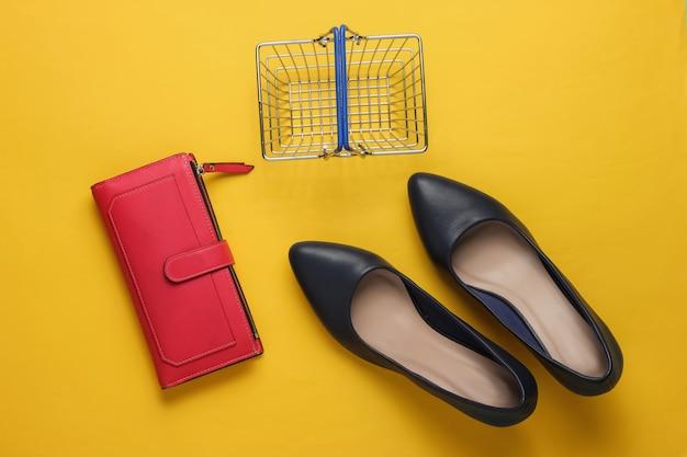 쇼핑 컨셉 패션 스튜디오 촬영 여성용 하이힐 쇼핑 바구니 지갑