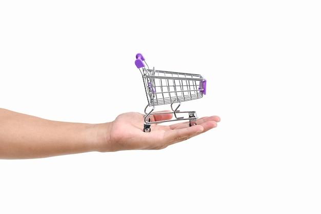 ショッピングのコンセプト。デパートで買い物をする美しい女の子。