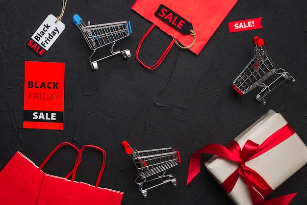 Shopping trolleys, packets, gift and tags