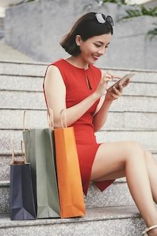 Shopping via smartpne