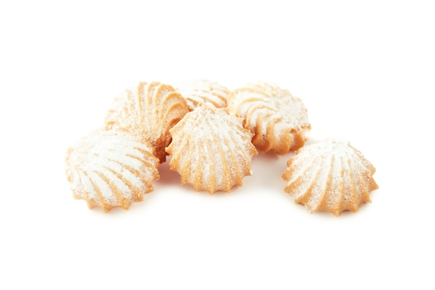 詰め物が分離されたさまざまな形のショートブレッドクッキー