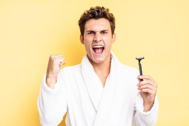怒りの表情や成功を祝う拳で積極的に叫ぶ。ひげそりの概念