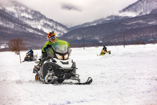 The show on the holiday competition snowmobiles in kamchatka