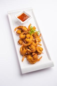 エビのフリッターまたはエビのバジまたはjheengapakodaãƒâƒã'â'ãƒâ'ã'âまたはkolambiまたはzinga pakora、インドのスナック食品
