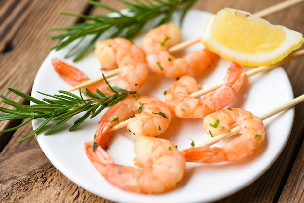 Shrimp grilled with spices