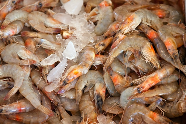 Креветки на рынке