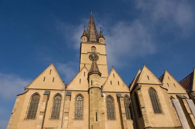 シビウ、ルーマニア。トランシルヴァニア、シビウの中心にある福音大聖堂