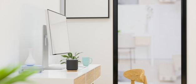 Вид сбоку на рабочее пространство с компьютерными принадлежностями и украшениями в офисной комнате 3d-рендеринг 3d-иллюстрация