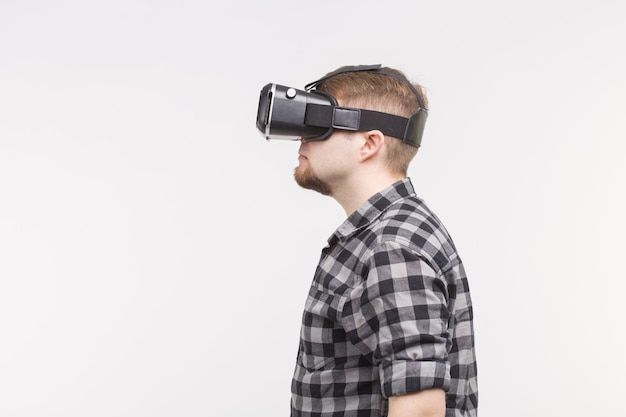 Side view of white men wearing vr glasses