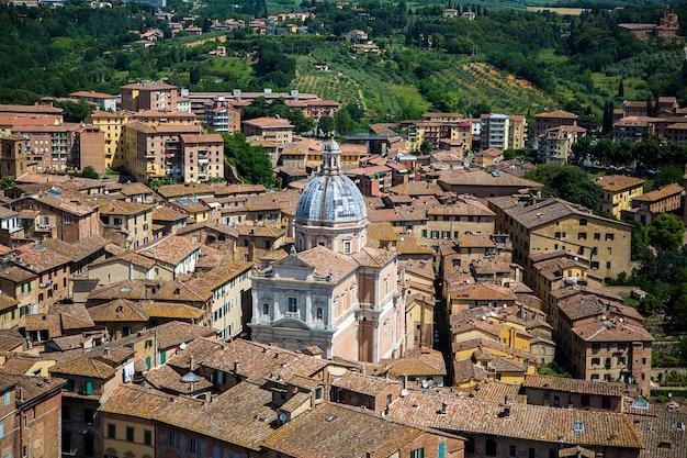 イタリア、シエナ