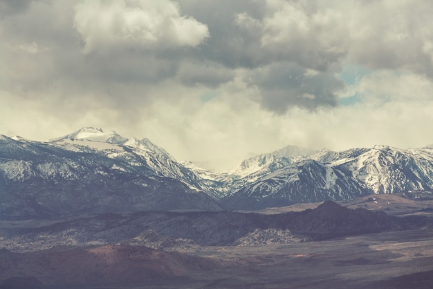 米国カリフォルニア州のシエラネバダ山脈