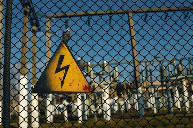 A sign of cautiously electricity