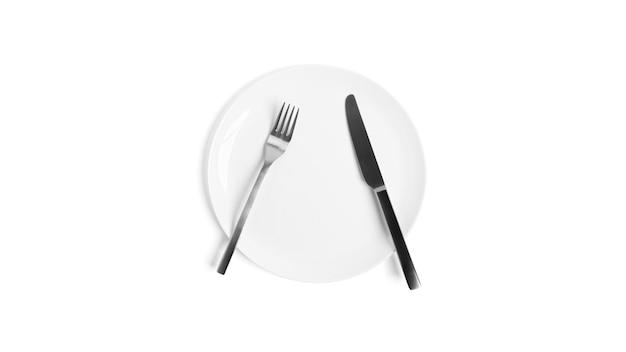 칼 붙이로 수화. 흰색 배경에 고립 칼 붙이와 접시. 접시, 칼, 흰색 배경에 포크. 고품질 사진