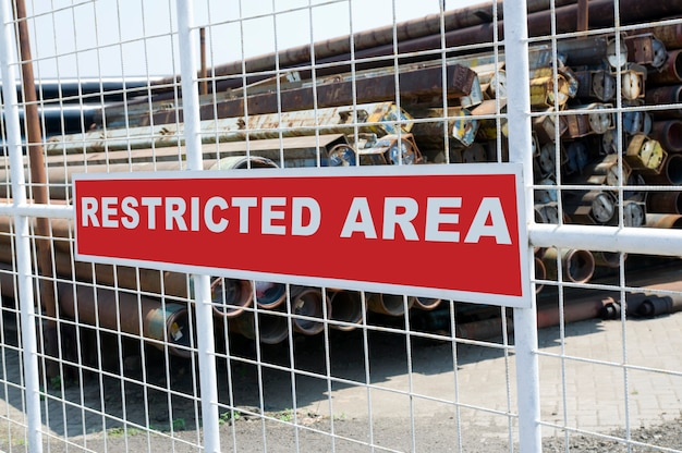 Sign that tell this is a restricted area