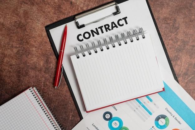 Подписание новых контрактов, закрытие сделок, расчеты и расчеты по ипотечному кредиту, оформление будущих долгов с помощью диаграмм и таблиц, идеи прогресса в рассрочке