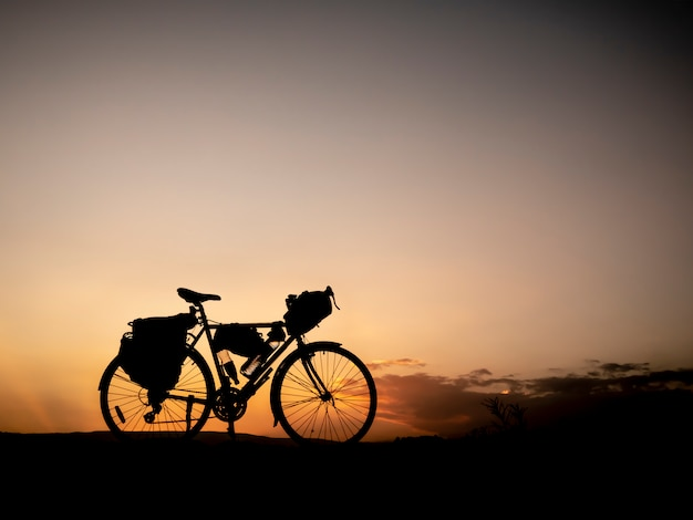 Silhouette bike packing