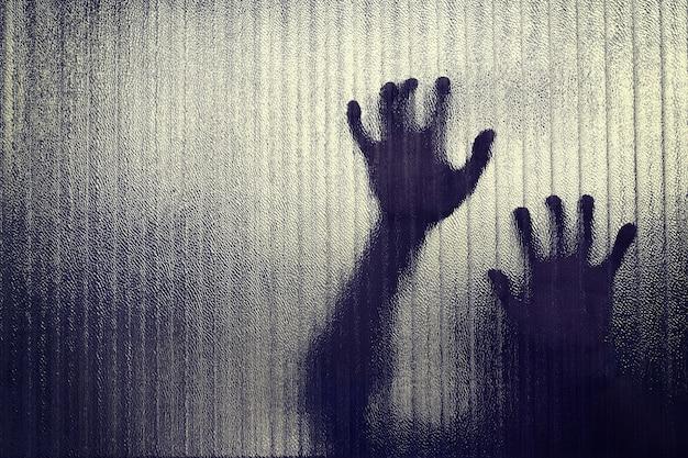 手のシルエットは投獄される表現、ぼかし