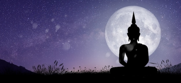 밤에 보름달 빛으로 중재하는 부처의 실루엣. magha puja, asanha puja 및 visakha puja day. 불교 휴일 개념입니다.