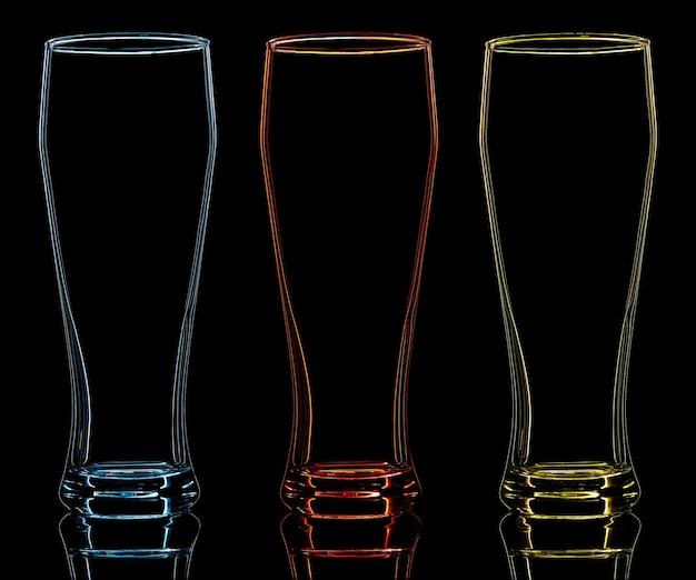 黒の背景にカラービアグラスのシルエット