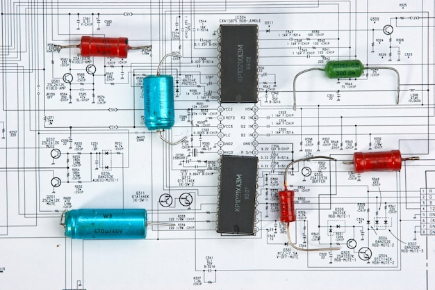 Silicon chip on the wiring diagram