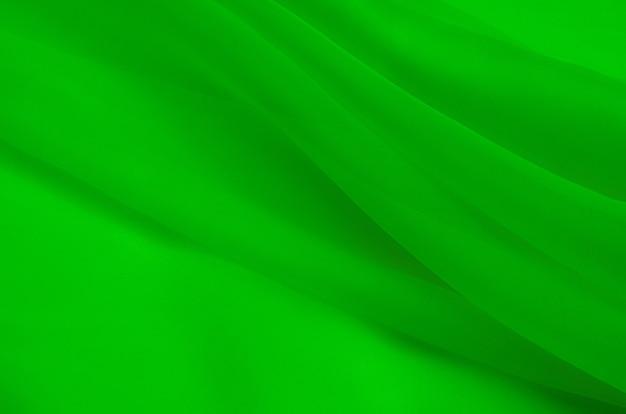 Шелковая ткань, органза зеленого цвета.