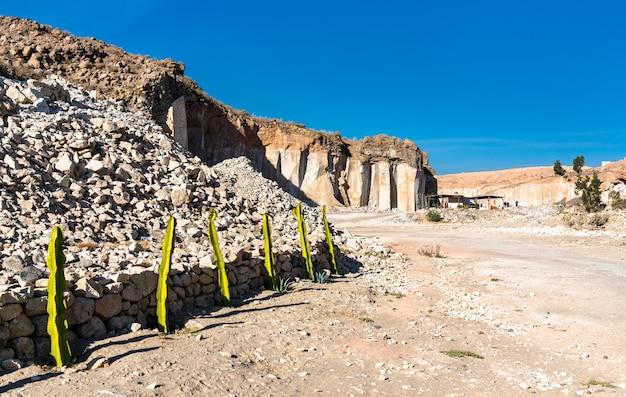 Силларские карьеры, добыча вулканической породы в арекипе, перу