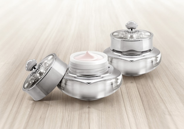 Silver deluxe cosmetic jars