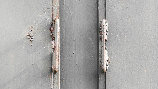Silver metallic background wall with hinges