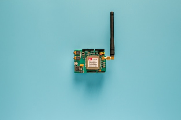Sim5320e shield provides. 3g/gsm cell phone network