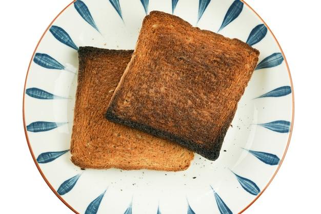 Хлеб простой завтрак но не будьте осторожны, всегда можно сжечь.