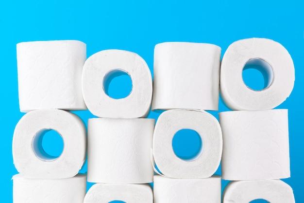Simple toilet paper pile