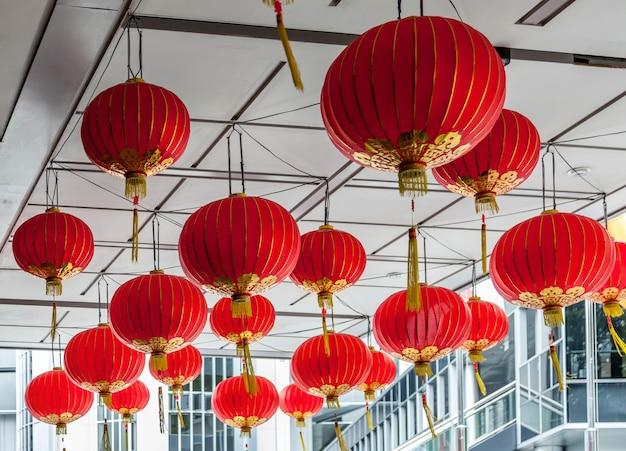 Сингапур - 3 февраля: вид на китайские фонарики в сингапуре 3 февраля 2012 г.