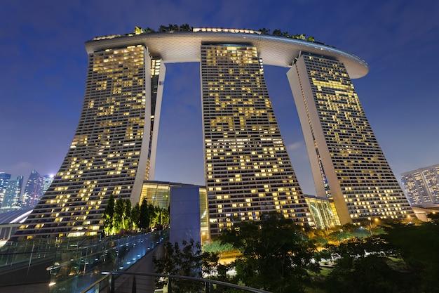 シンガポール-2014年10月15日:マリーナベイサンズは、シンガポールのマリーナベイに面した統合型リゾートです。