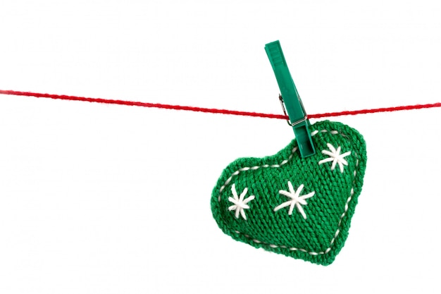 Single knitted green heart