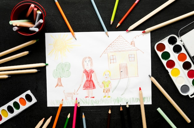 Одинокая мама, рисунок на черном фоне