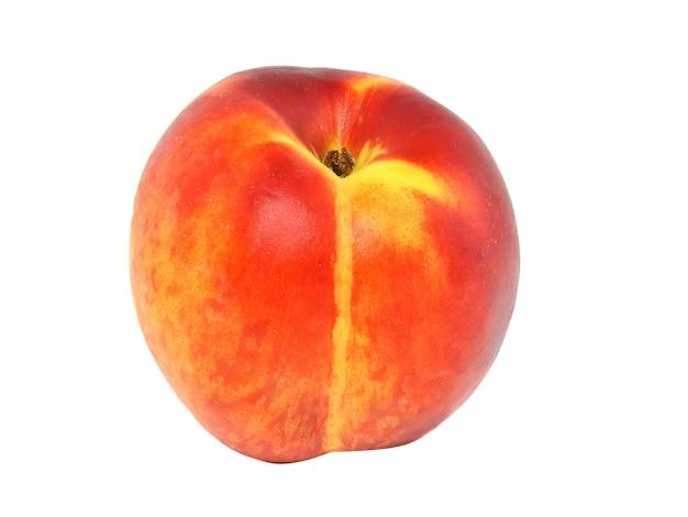 白い背景の上の単一の桃。白で隔離