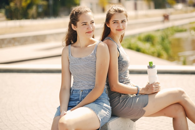Sisters in a city