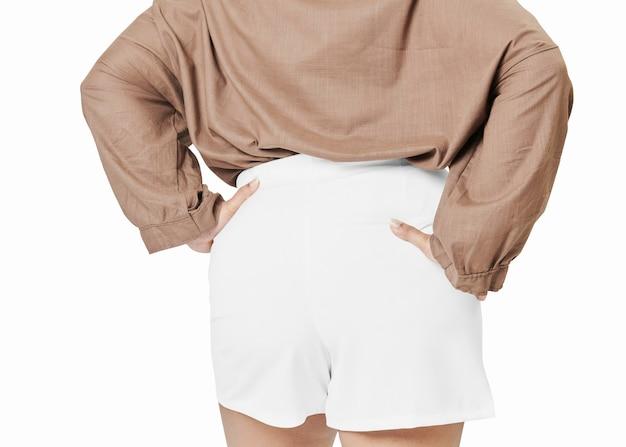 サイズ込みのレディースファッションホワイトショーツを後ろ向き
