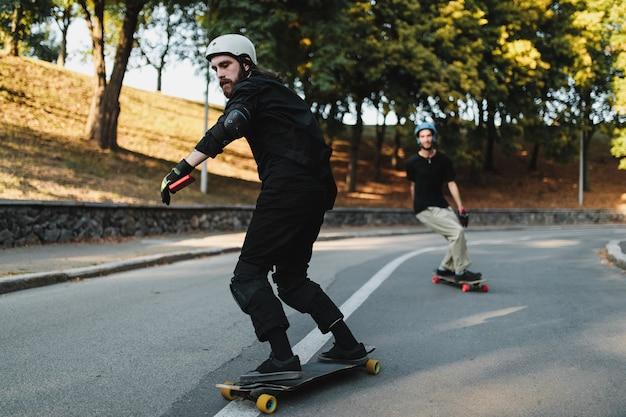 永遠の都でのスケートボード。高品質の写真