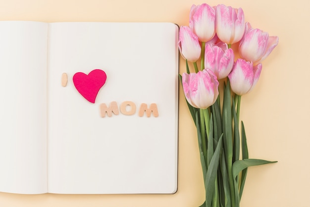 Sketchbook with i love mom inscription