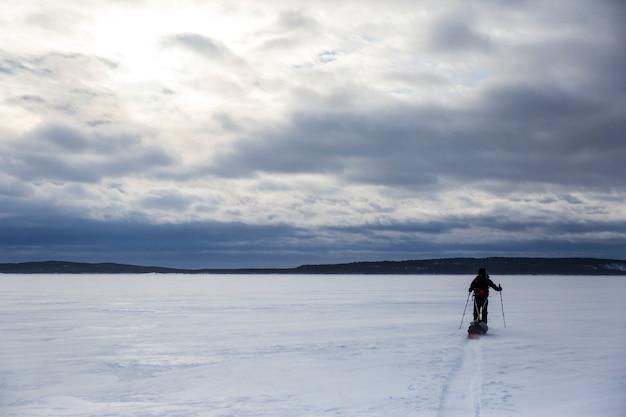 Лыжная экспедиция на озере инари