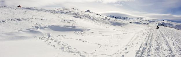 겨울에 시에라 네바다의 스키장