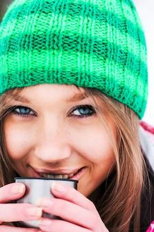 スキー場の趣味アップ茶