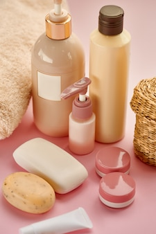 스킨 케어 제품. 의료 절차 개념, 위생 화장품, 건강한 라이프 스타일, 스파